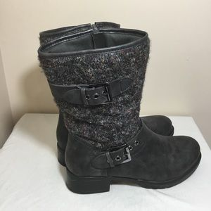 Cute gray mid calf sweater boots size 9M
